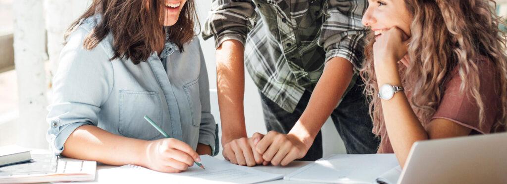 מתמודדים עם חרדה חברתית בחברות ואירגונים